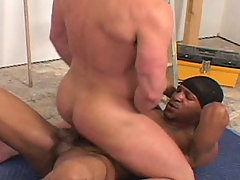 Gay Bareback Guns and Gut mature gay fuck