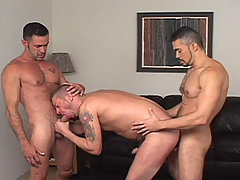 Gay Bareback Tony Serrano, Lito Cruz & Tony London mature gay fuck