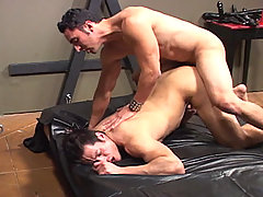Gay Bareback Gianni Luca & J.D. Lopez mature gay fuck
