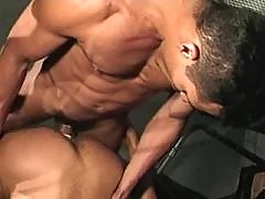 Sexy muscular mechanics enjoy oral mature gay fuck
