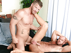 Matt's guttural moans show how that guy loves every inch of Jeremy